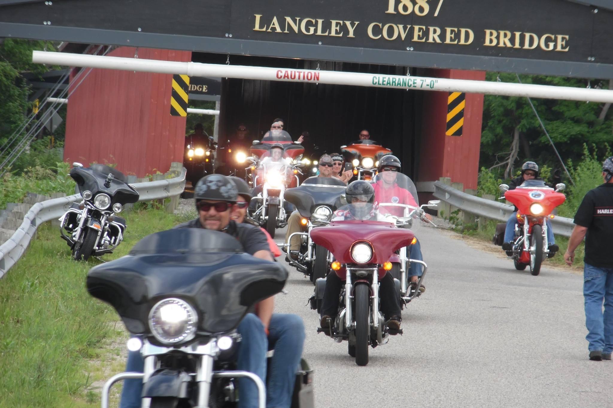 red-arrow-ride-covered-bridge